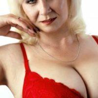 Sinnliche, reife und sehr leidenschaftliche Dame mit sexy Body